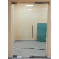 Маятниковая стеклянная дверь Лайт - прозрачное