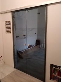 Двойная раздвижная стеклянная дверь Лайт-2 - стекло Серое прозрачное